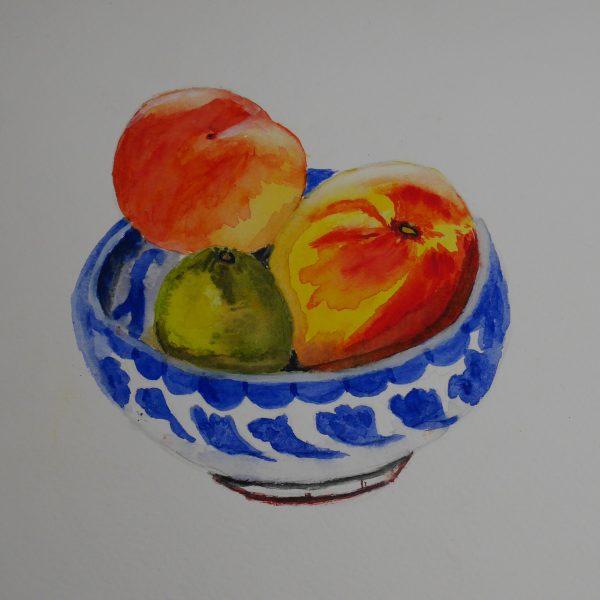 Frutas en un cuenco de cerámica granadina. 23x32